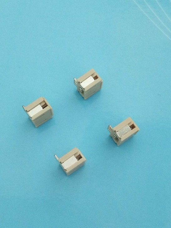 3 Pole SMT Right Angle PCB Connectors Wire to Board 1.5mm Pitch Beige Color