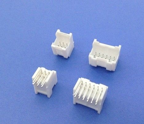PAD 2.0mm Pitch Electrical Automotive Connectors Wire To Board Crimp Style